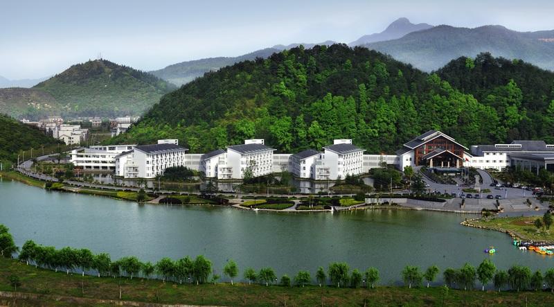 明月山温泉度假村全景