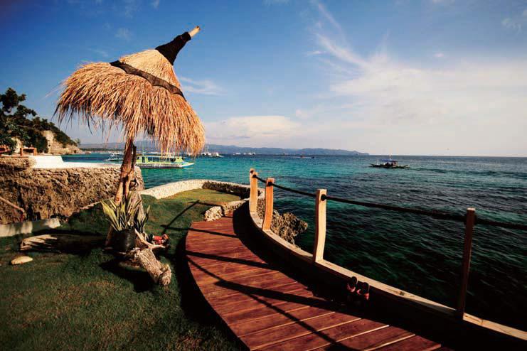 薄荷岛是菲律宾第十大岛,距离宿雾麦克坦岛70公里,是个珊瑚岛,碎