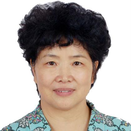北京第二外国语学院教授 韩玉灵游客天安门广场的一言一行,不仅代表自身的文明素质,也向世人展现着中国人的文明素质。