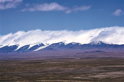此前一天,中国青海省可可西里已获准列入世界自然遗产名录.
