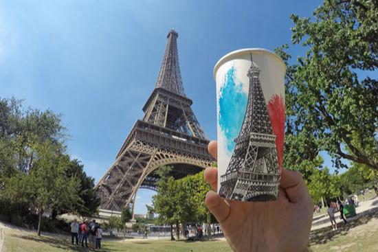 他眼中的美景都画在了咖啡杯上