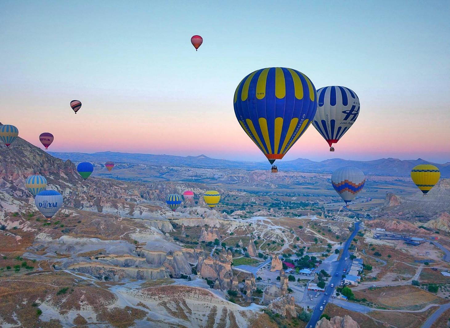 """土耳其旅游线路土耳其是一个横跨欧亚大陆的伊斯兰教国家,被称为""""文明的摇篮""""。"""
