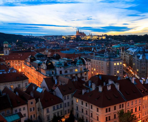 捷克文旅特色线路捷克共和国是欧洲中部的内陆国家,人均啤酒消费量连续7年位居世界榜首。