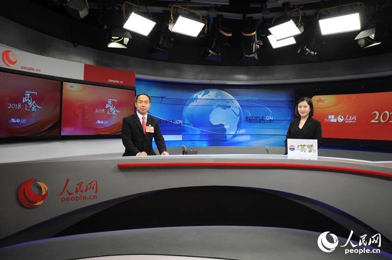 全国人大代表、宁夏回族自治区中卫市市长万新恒做客人民网