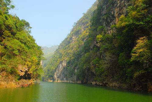 国家二a级旅游风景区富宁驮娘峡